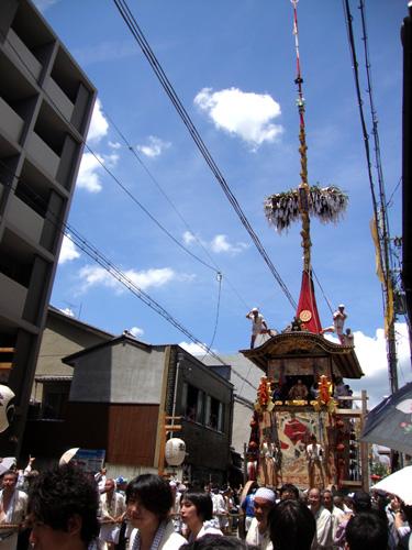 菊水鉾の巡行